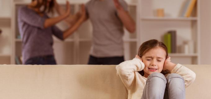 Rozvody děti zasáhnou. Podívejte se, co během nich rozhodně (ne)dělat