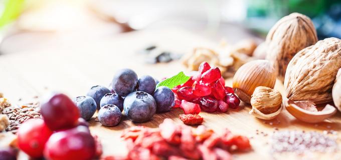 10 super potravin pro dokonalou pleť a silné vlasy