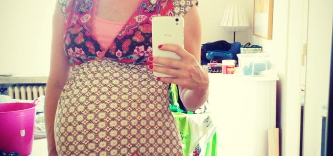 Máma na čtvrtou: Těhotenské a kojící oblečení