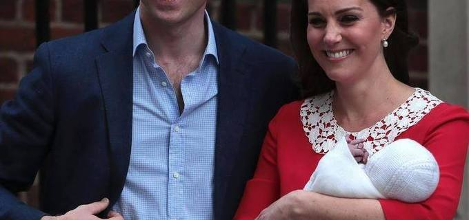 William s Kate zveřejnili jméno syna. Vítáme prince Louise Arthura Charlese