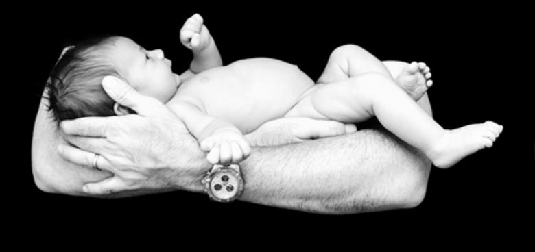 Těhotenská nevolnost otců? To je Couvade syndrom!