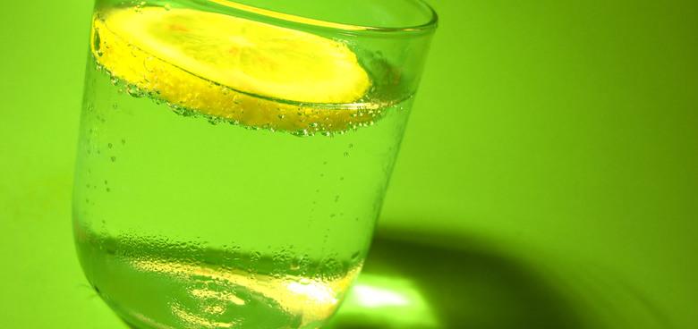 Až polovině školních dětí hrozí dehydratace