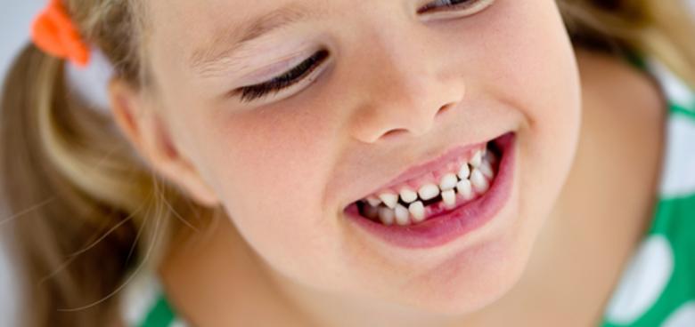 Retní uzdička může ovlivnit stav stálých zubů