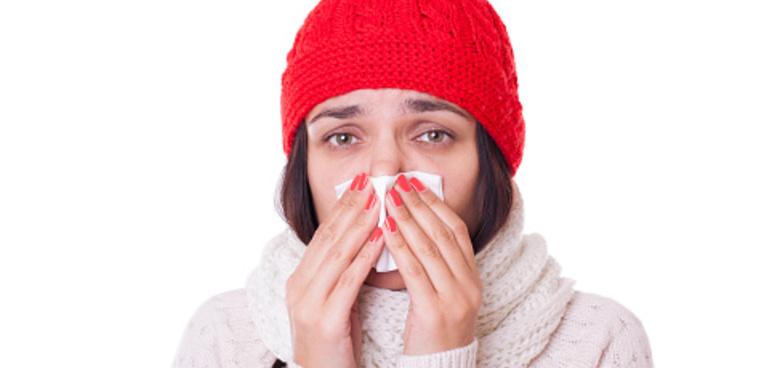 Jak léčit rýmu, aby nedošlo k zánětu středního ucha