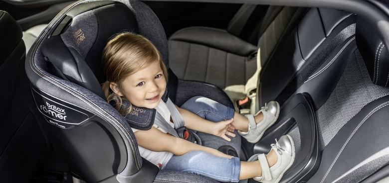 Nejčastější chyby při usazování dětí do autasedačky