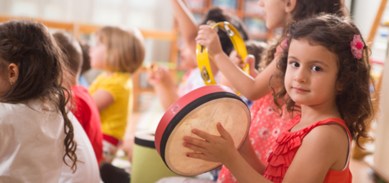 Zavázané tkaničky, vlastní názory i práce ve skupinách. Co všechno ovládají předškoláci?