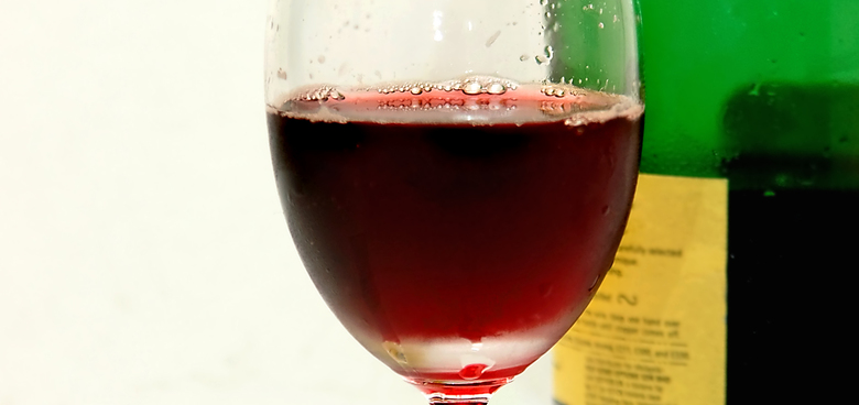 Pití alkoholu zvyšuje riziko rozvoje rakoviny prsu u žen