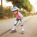 Bruslení patří mezi nejoblíbenější zimní sporty. Jak vybrat brusle pro dítě?