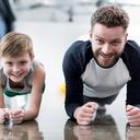 Jak zabavit dítě v podzimních dnech? Zkuste cvičení, flétnu i montessori