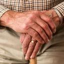 Návštěvy v domovech seniorů výskyt nemoci neovlivnily. Pro klienty a příbuzné jsou přitom zákazy devastující