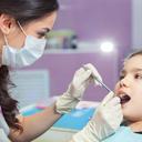 Jak jsme přišli k zubnímu kazu díl 4. Ošetření zkaženého zubu nemusí být horor