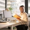 Sedavé zaměstnání může zničit zdraví. Hrozí bolesti zad i srdeční potíže