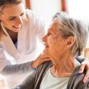 Léky na předpis až do bytu: Blýská se seniorům a hendikepovaným na lepší časy?