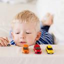 Mince, autíčko i baterie – to vše lékaři vyndávají dětem ze žaludku