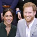 Vévodkyně Meghan a princ Harry očekávají prvního potomka. Británie jásá
