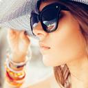 V létě dostávají naše oči zabrat. Čemu je dobré se vyhnout?