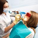 Jak jsme přišli k zubnímu kazu díl 5.Ženy mají zubních kazů více. Mohou za to hormony!