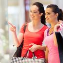 Do obchodů míří povánoční výprodeje. Naletíte?