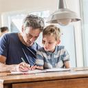 Věk otce nemá zásadní vliv na zdraví dítěte