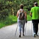 Lidé s roztroušenou sklerózou musí pravidelně cvičit. Nervové buňky v mozku tak spolu komunikují