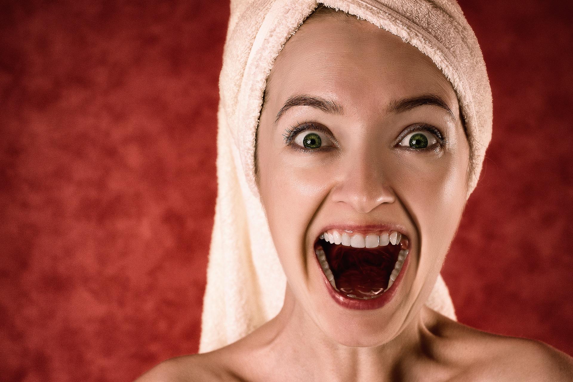 Špatná ústní hygiena může být příčinou problému s otěhotněním