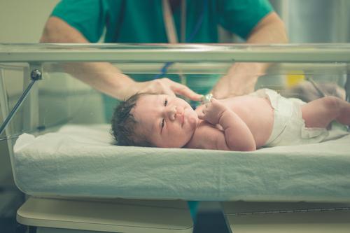 Novorozenecký screening a nejčastější dotazy rodičů