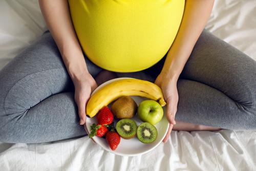 Štíhlá i v těhotenství? Začít musíte už několik měsíců předtím