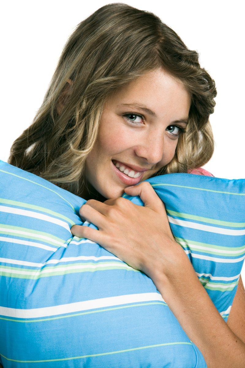 Třináctileté dívky mají od 1.4.2012 očkování proti lidskému papilomaviru zdarma