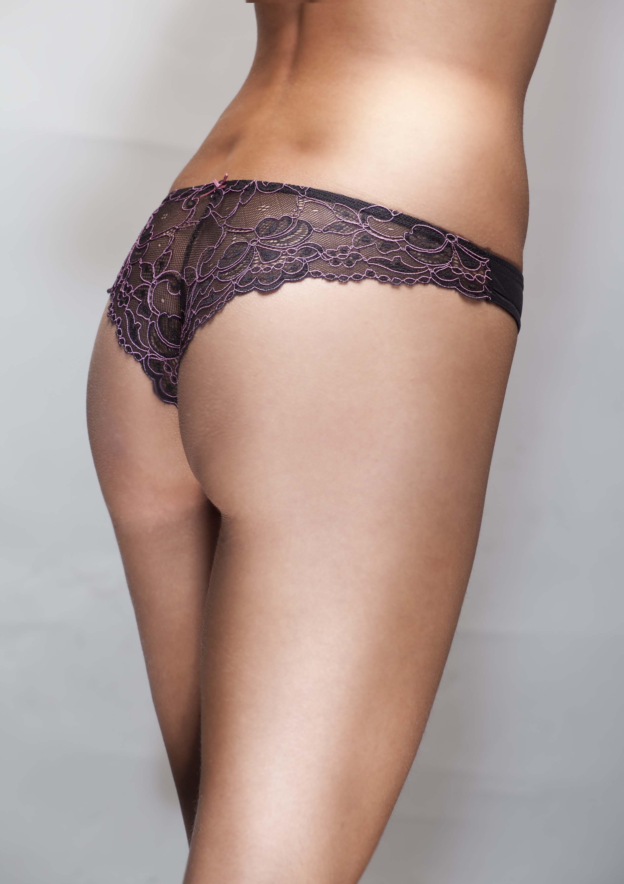 Jak do dámského prádelníku vešly spodní kalhotky?