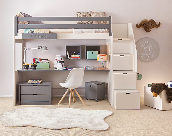 5_vysoká-postel pro teenagera-s-pracovním-koutem-a-úložnými-schody_foto viabel_repro zdarma.jpg