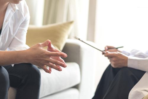Sedm nejčastějších otázek, které trápí ženy s endometriózou