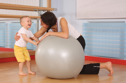 Cvičíte s dětmi? Měli byste!
