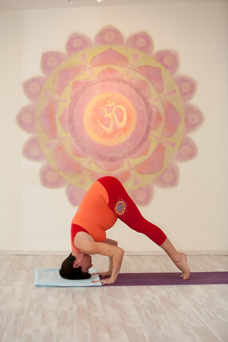 Závěrečné cvičení – Částečný stoj na hlavě