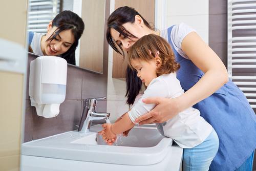 Zdravé zoubky a čisté ruce jsou základ. Jak na to?