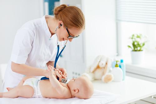 Pediatra si pečlivě vybírejte. Stane se na dlouhá léta členem rodiny