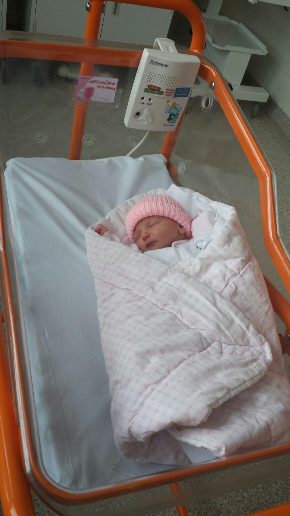 Včera nalezená holčička dostala jméno a už nemusí být v inkubátoru
